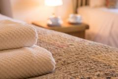 1 Three Tuns bed towles